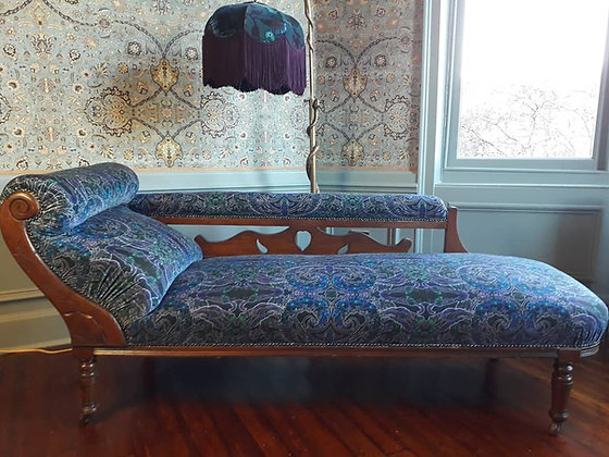 Chaise in Botanic Blue