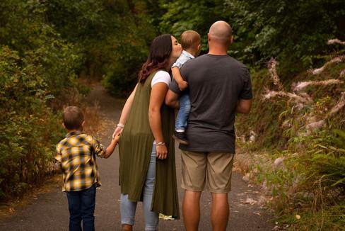 Auburn Photography, Fife Milton Edgewood, Family Photographer