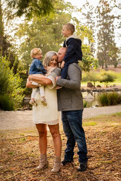 Puyallup Tacoma Photography, Fife Milton Edgewood Photographer, Reno Tahoe Photography, family photography