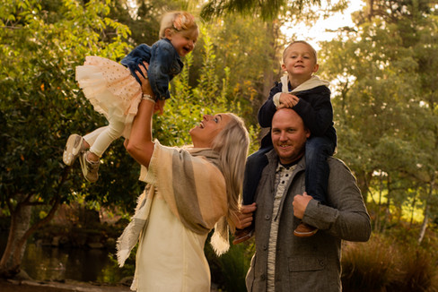 Tacoma Washington, Point Defiance Family Photography