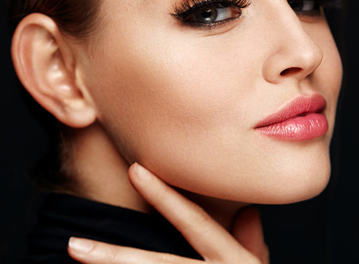 Eyelash extension removal: What you need to know so you don't end up losing your natural lashes