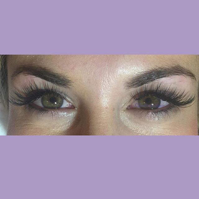 Always a pleasure lashing the beautiful _lauramrutledge 😍 this is a classic set #lashesofatlanta #c