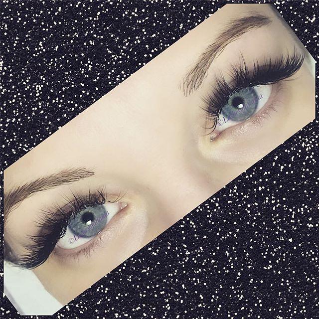 #russianvolume #minkextensions #perfectionist #extendyourlashes #luxuryservice #lashboss #perfectlas