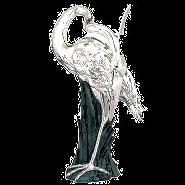 تمثال مالك الحزين الفضي واقفا