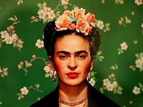 Frida-Kahlo-Portrait-Paintings-and-Statu