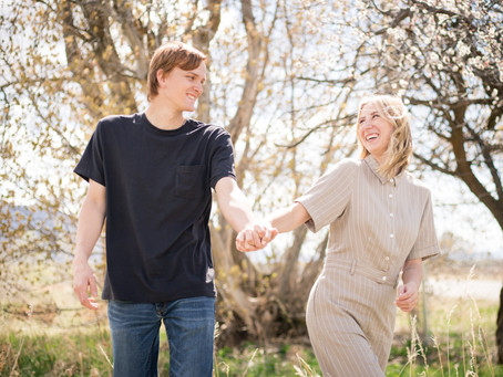 Couple Session for Alora and Chase: Open Field in Mapleton Utah