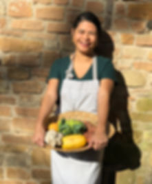 Abot Chef Monique Satua