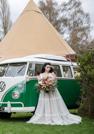 Sami-tipi-love-sign-vw-camper-van-bridal
