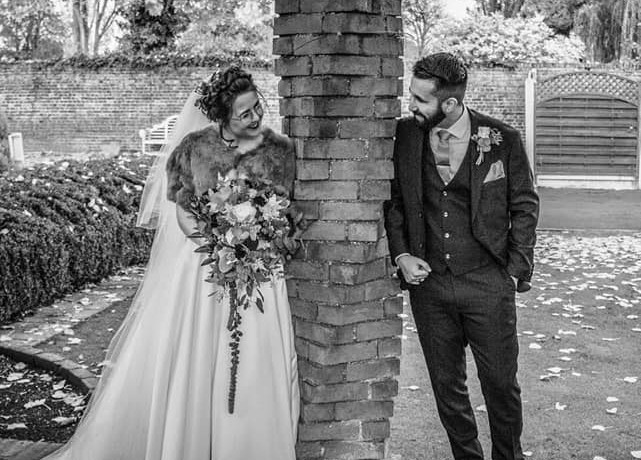 Bride-groom-orsett-hall-bridal-bouquet-winter.jpg