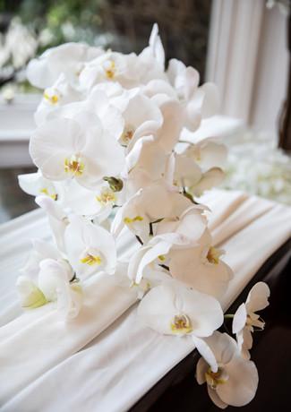 White-orchid-bridal-bouquet-grand-piano.