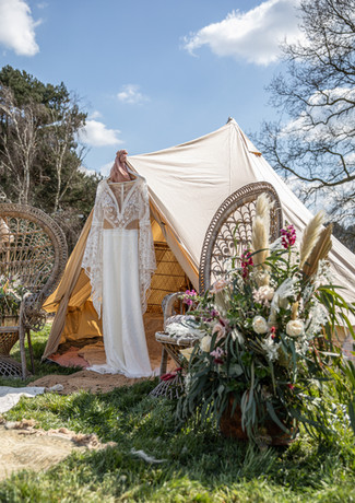Boho-tent-glamping-floral-arrangement-co