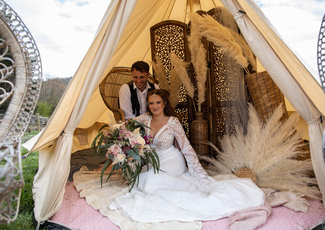 Glamping-bride-and-groom-wedding-day-bri