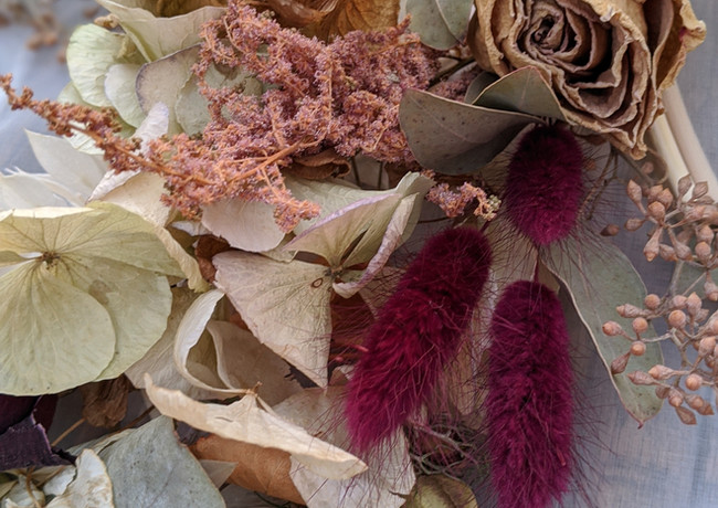 Workinprogress-dried-flower-wall-hanging-roses-hydrangeas.jpg