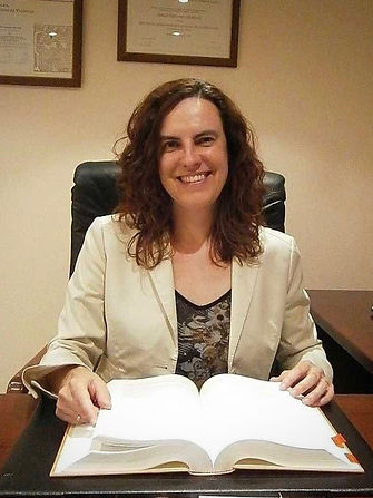 English speaking lawyer Spain