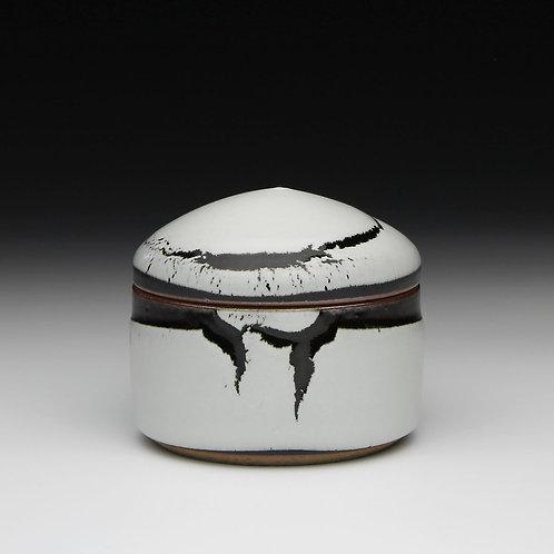 Stoneware trinket box