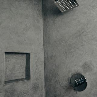Tadelakt Shower
