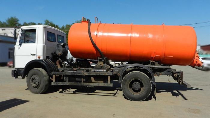 КО-529 08 на шасси МАЗ-5337А2.jpg