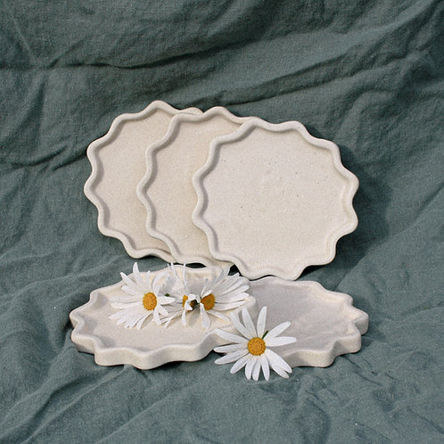 TREAT PLATE - SMALL