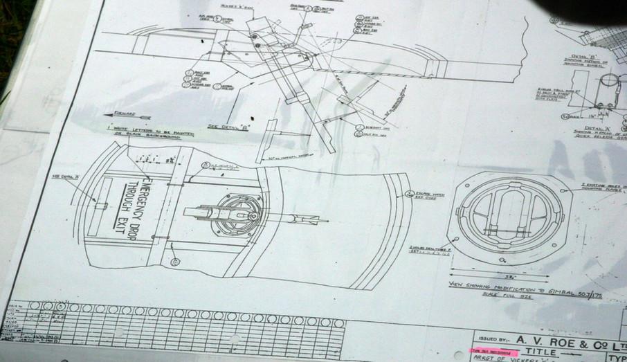 ED825 Lower Gun mount