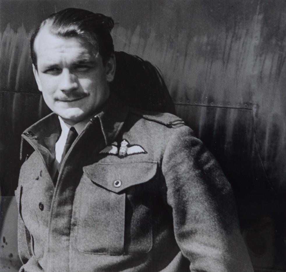 John Hemingway - pilot.jpeg