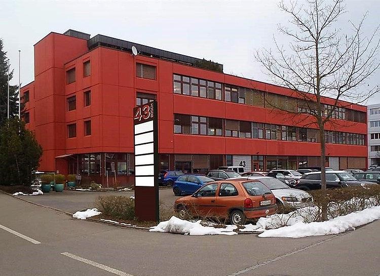 Im Bösch 43, Hünenberg_edited.jpg