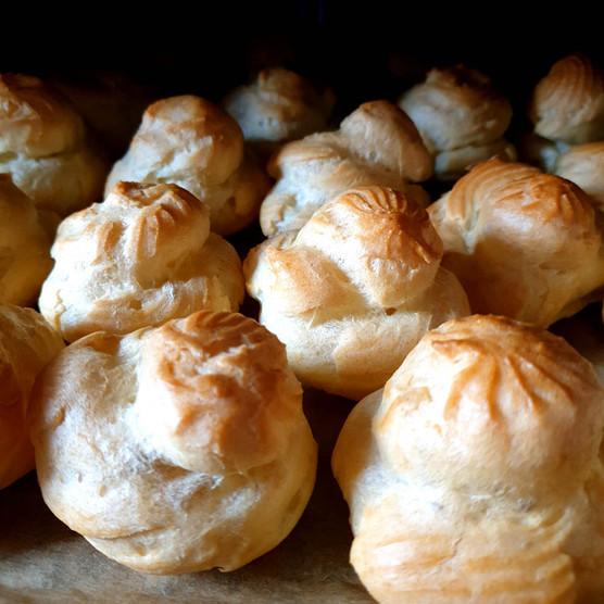 Cream Puffs (Bignè)