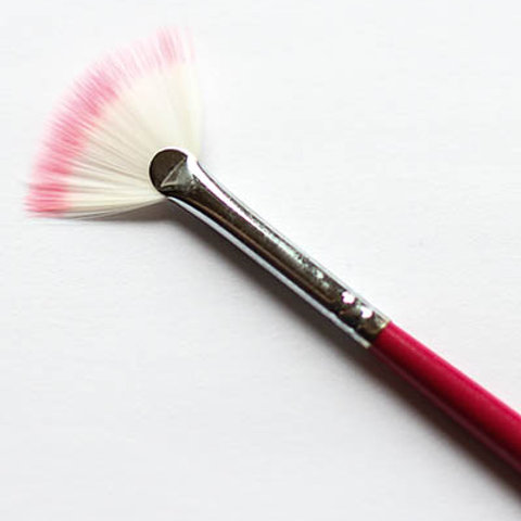 Fan Brush