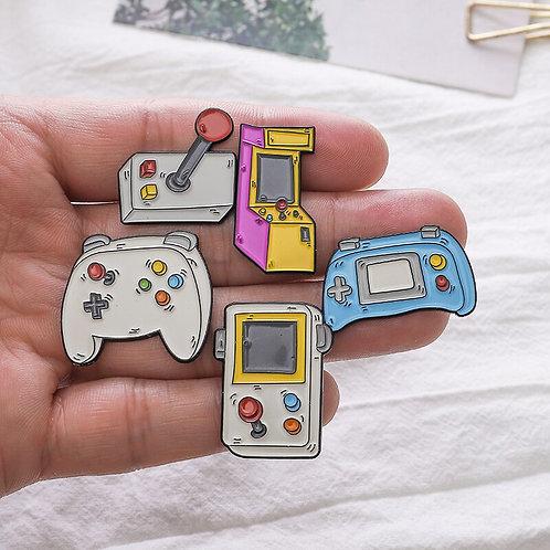 Retro Games Enamel Pins