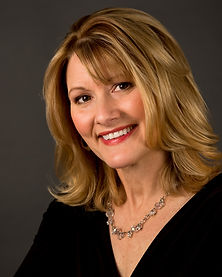Susan-Larkin-0340-Edit-3-3.jpg
