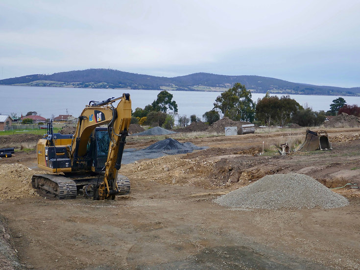 Hobart Tasmania land water views value