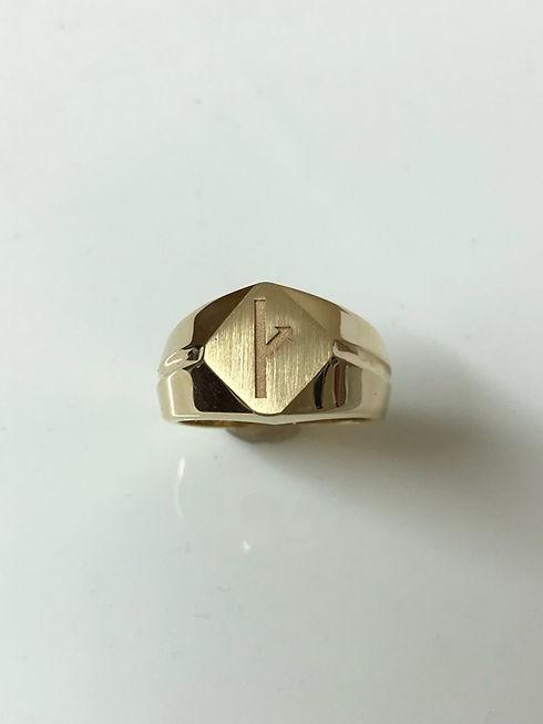 gold symbol.jpg