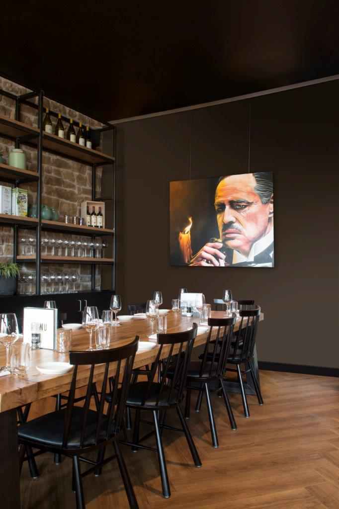 STAS cliprail max restaurant