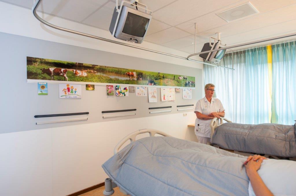 מסילת תלייה INFORAIL במערכת הבריאות