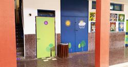 מדבקות לדלתות כיתה וארונות