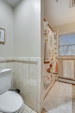 Main Level-Bath-_A7R5896.JPG