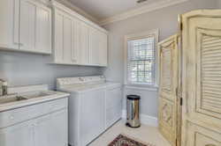 Upper Garage-Washer Dryer-_DSC0390.JPG