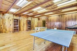 Upper Level Barn-Recreation Room-_DSC517