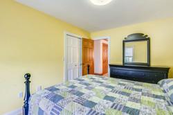 Upper Level-Bedroom-_DSC5015.JPG