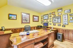 Upper Level-Office-_DSC4950.JPG