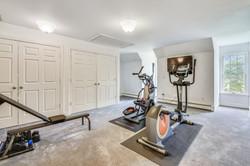 Upper Level-Bedroom-_DSC5050.JPG