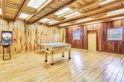 Upper Level Barn-Recreation Room-_DSC518