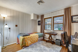 Main Level-Bedroom-_A7R5916.JPG