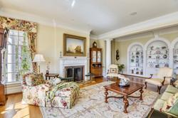 Main Level-Living Room-_DSC0602.JPG