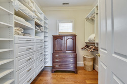 Upper Garage-Walk In Closet-_DSC0400.JPG