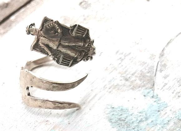 Silver Milkman Fish Fork Ring
