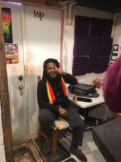 Reggae Singer Des-ayah