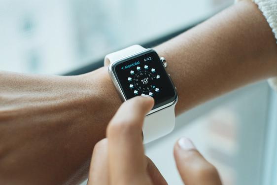 Tech reloj