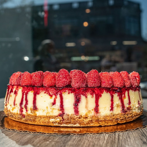 Cheesecake With Fresh Fruit