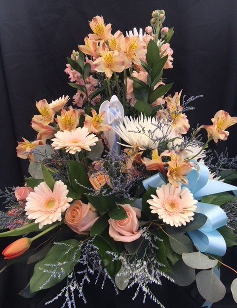 FB-9 Funeral Table Arrangement with Angel Statue