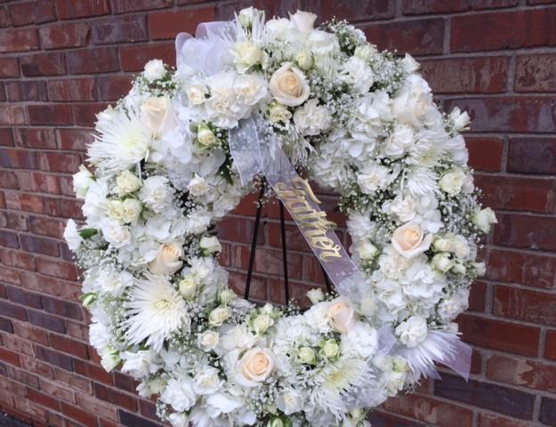 FE-4 All white tribute wreath.